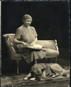 Helen Keller with her second Akita Kenzan-Go in 1947